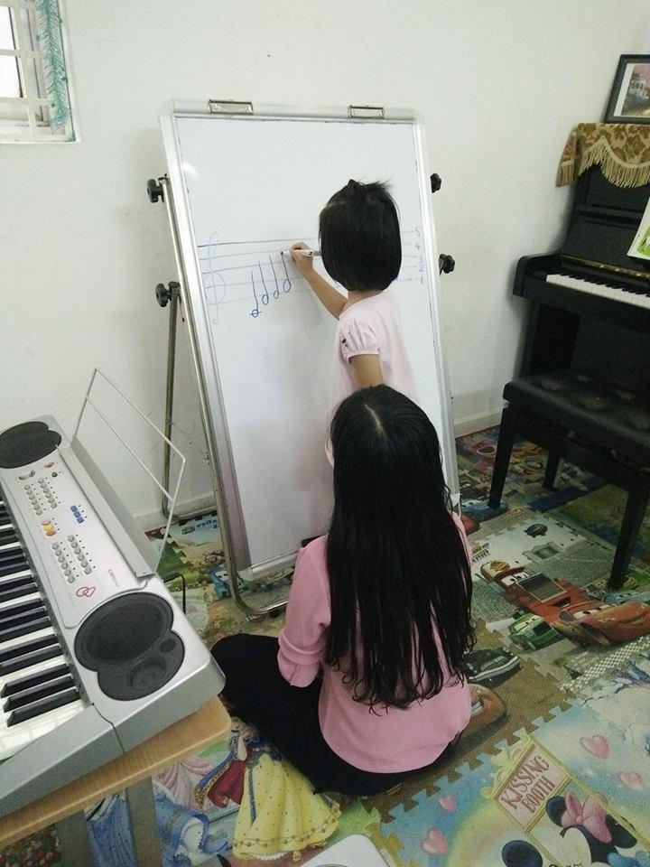Lớp Sound Tree dành cho bé từ 4 tuổi trở lên.