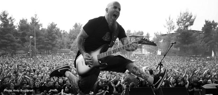 Guitar điện rất phù hợp với những bạn yêu Rock.